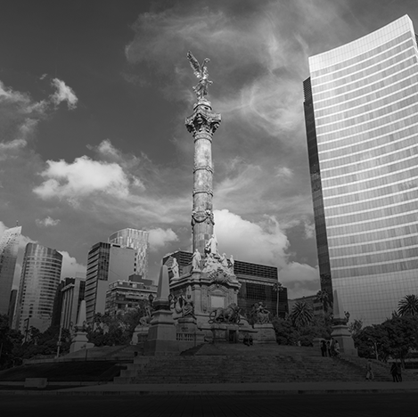 Cover Mexico City Street Has the Largest Commercial Rentals in Latin America